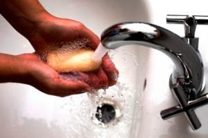 Чем отмыть монтажную пену?